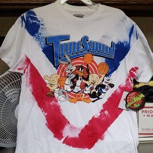 "NWT Looney Tunes Space Jam ""Tune Squad"" T-Shirt- M"